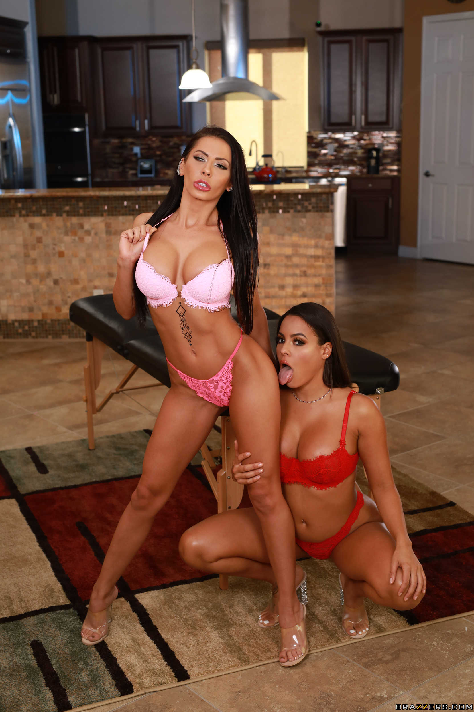 Madison Ivy x Luna Star - Brazzers   Page 13 of 21