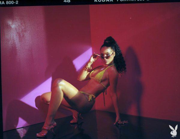 Izabela Guedes x Playboy