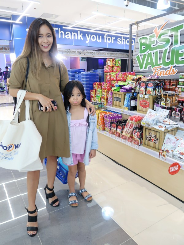 dyosathemomma: Shopwise Circuit Makati, Shari The Misty Mom