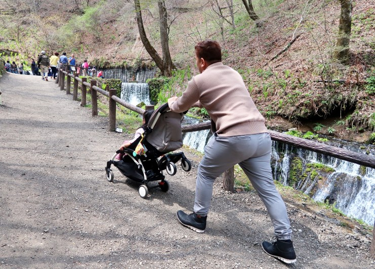 dyosathemomma: Babyzen YOYO+ Stroller Review, traveling to Japan with kids, mommy blogger