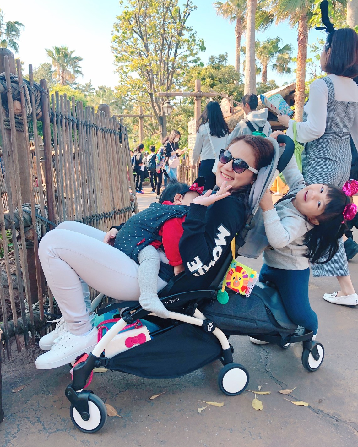 dyosathemomma: Babyzen YOYO+ Stroller Review, traveling to Japan with kids, mommy blogger, MariaAmariaMariana