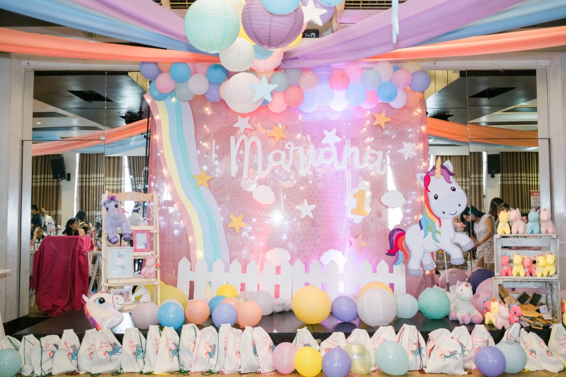 dyosathemomma: First Birthday party Ideas-unicorn theme-Mariana Jazrine-Amaria Niszha-mommy blogger ph