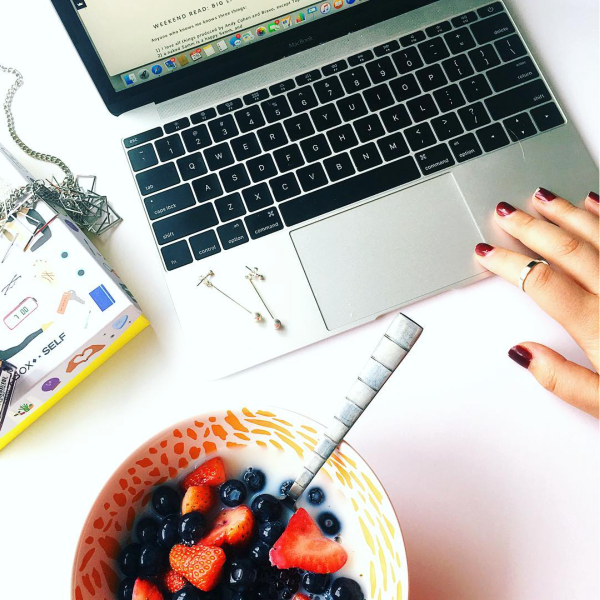 33 things moms can blog about