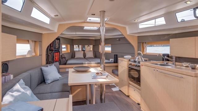 Yacht Oceanis 35