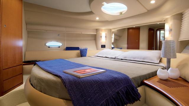 Yacht Azimut 42