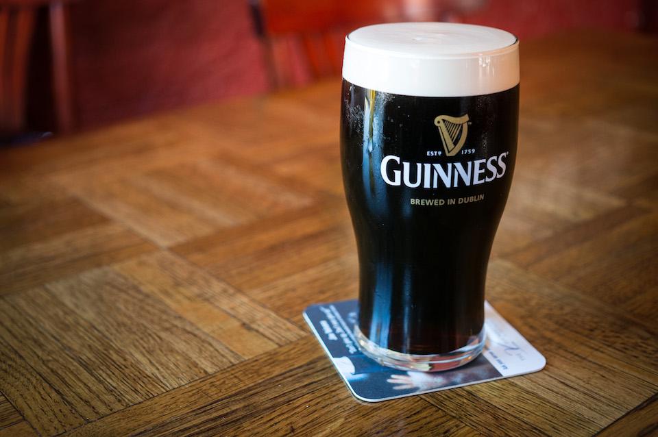 nana's irish pub, guinness