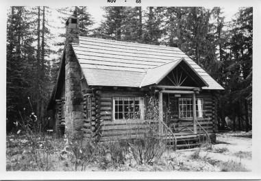 vintage-Steiner-Cabin