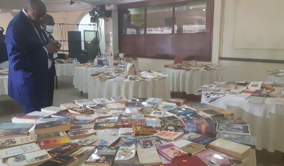 Cameroun Bourse du livre à Yaoundé par Ferdinand Nana Payong
