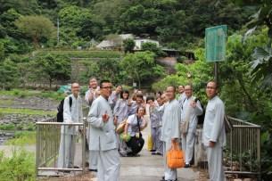 前向靈山寺參訪