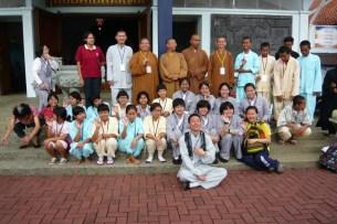 印尼菩提逹摩佛學院師生合照
