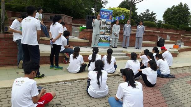 芙蓉分會「地球是我家」義走活動開始前,東禪佛教學院同學分享學習心得,在場聽眾抱以熱烈掌聲