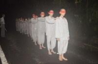 在靈山寺於黑暗中探索森林,讓同學們最為震憾。