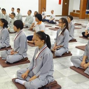 佛学院与周日班约40人参与禅修