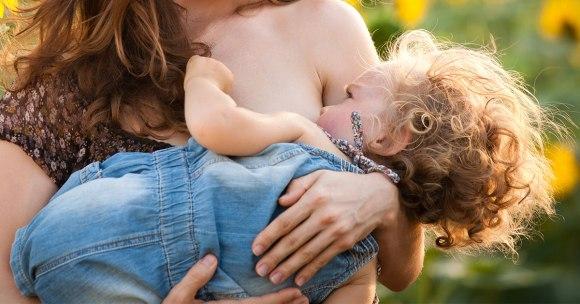 10 najnowszych badań potwierdzających wpływ karmienia piersią na zdrowie mamy i dziecka