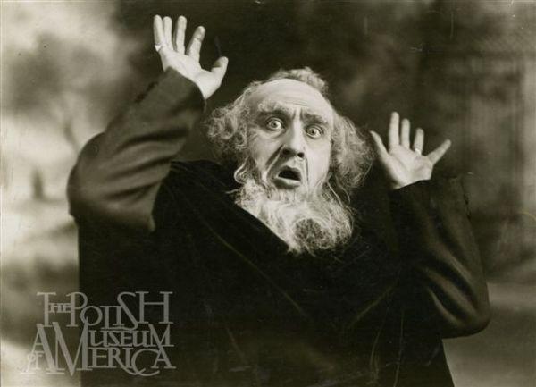 """Dr Karol H. Wachtel w teatralnej roli Shylock'a w """"Kupcu weneckim"""" Williama Shakespeare'a"""