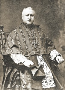 Kardynal Hlond. Zdjęcie z dedykacją dla ZPRKA  fot.G. Felici, Rzym, 1929rok, kolekcja MPA