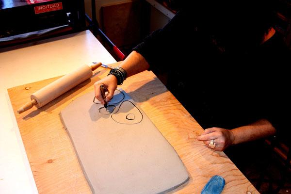 2 Scoring the clay