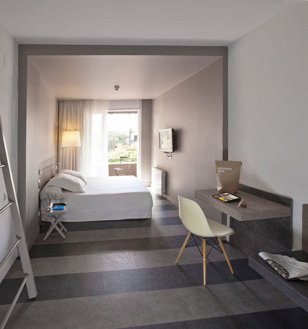 Chic-and-Basic-Ramblas-Hotel-lagranja-barcelona-9