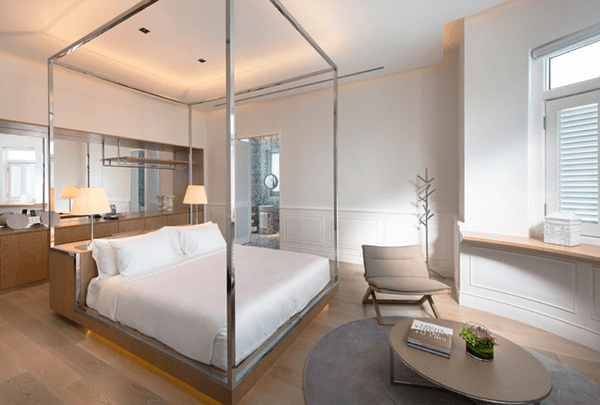 Macalister-Mansion-guest-room-04
