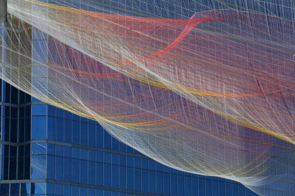 janet-echelman-aeriel-sculpture-ted-2014-04