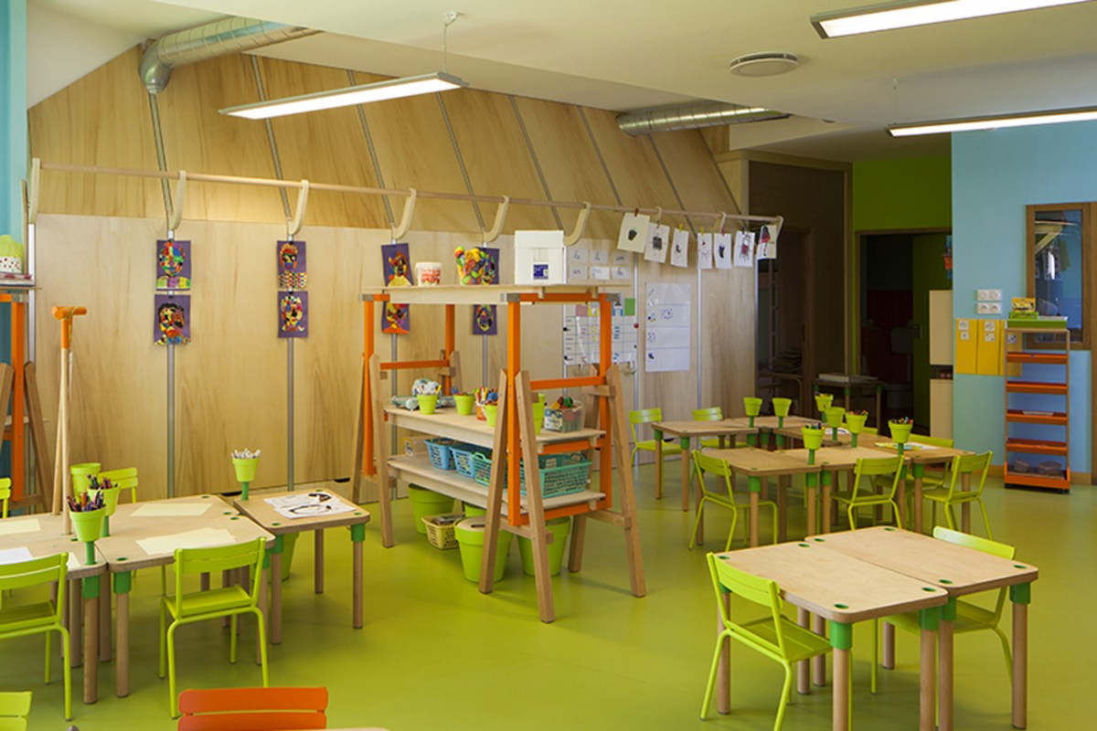Le Ble en Herbe Scool in France by Designer Matali Crasset - 03