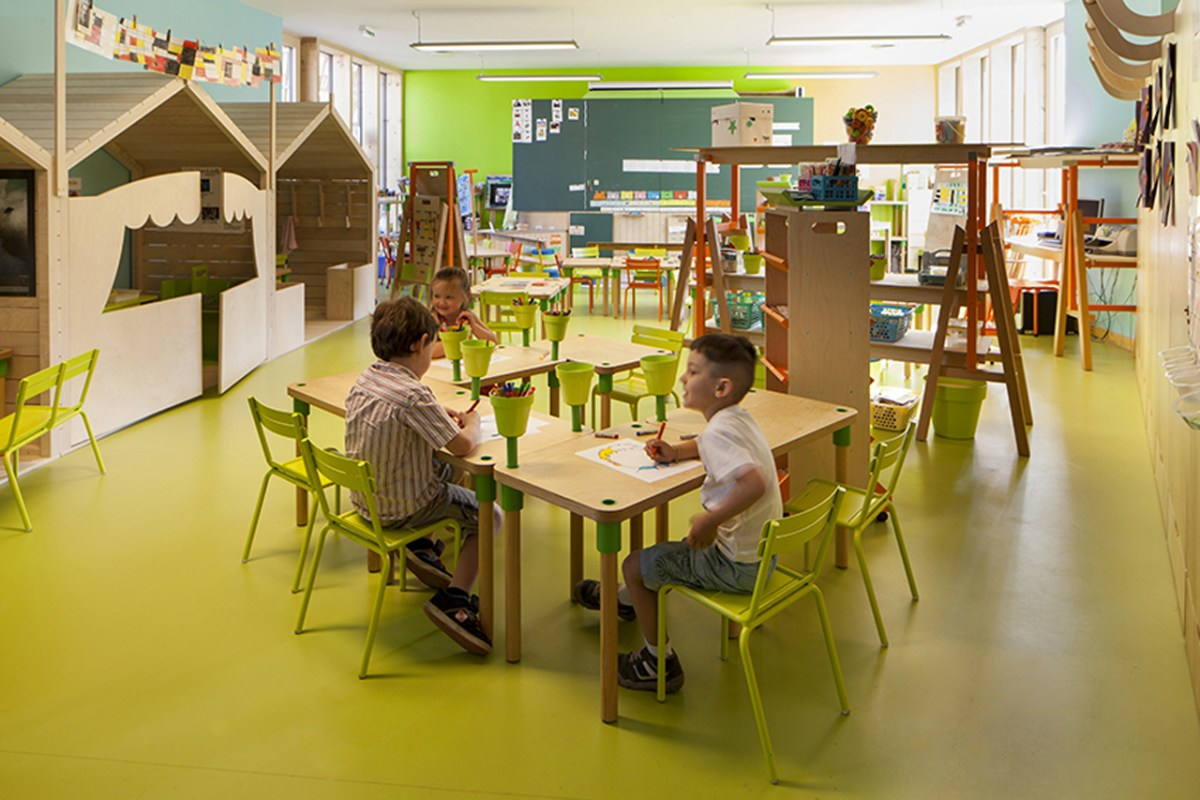 Le Ble en Herbe Scool in France by Designer Matali Crasset - 07