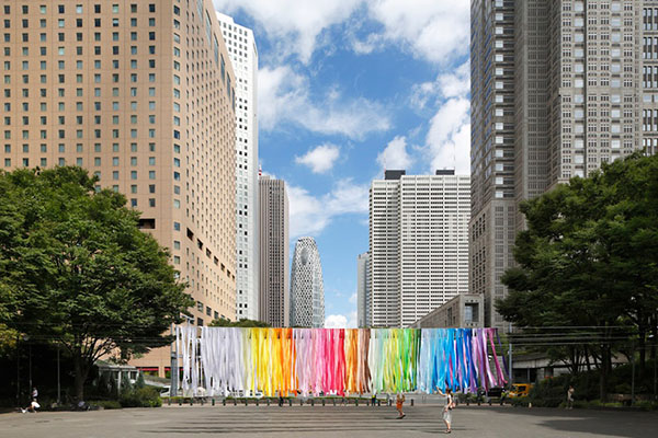 emmanuelle-moureaux-shinjuku-central-park-100-colors-05