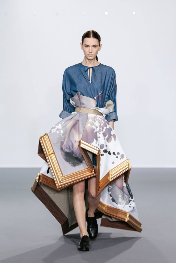 Viktor And Rolf Showcase Wearable Art Collection In