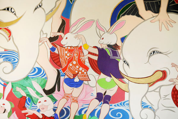 park-hotel-tokyo-hand-painted-rooms-by-japanese-artists-09