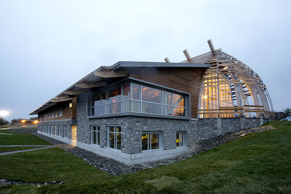 structure-inspired-by-first-nations-architecture-07