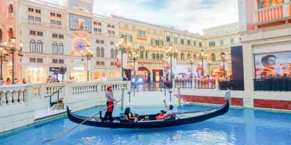 Macau-Venetian-gondola-blog2