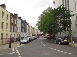 Mornington Crescent, rechts die Carerras Zigarettenfabrik, im Hintergrund rechts die Haltestelle und links das Camden Theatre (Koko), Foto (c) Daniel Zylbersztajn