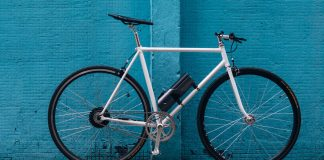 Pushme e-bike kit turns your regular commuter bike into an e-bike with battery stations around town