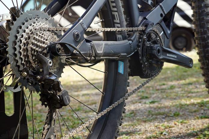 2019 Canyon Neuron ON electric assist e-mountain bike with shimano steps motor system