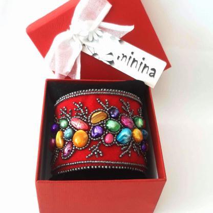Brăţara lată roşie 6 cm perle cultură şi sidef