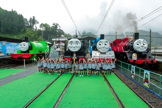 期間中千頭駅では毎日「トーマスフェア」を開催!人気キャラクターが一斉集合します!