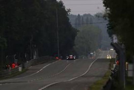 ©トヨタ自動車 全長約13.6kmのコースの大半は、 公道を封鎖して作られた特設コース全長約13.6kmのコースの大半は、 公道を封鎖して作られた特設コース