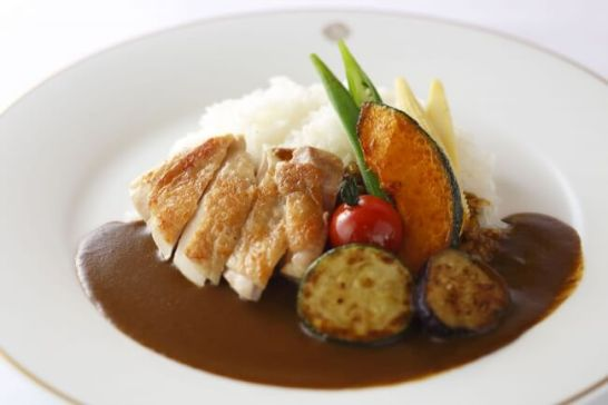 チキンと野菜のカレーライス
