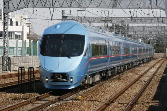 「メトロ新緑号」に使用するロマンスカー・MSE(60000形)