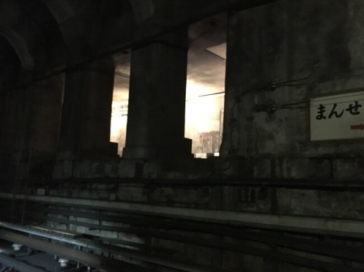 萬世橋駅ライトアップの様子