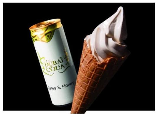 ドバイコーラ(写真:左)/ ●花蜜ミルクソフトクリーム(写真:右)