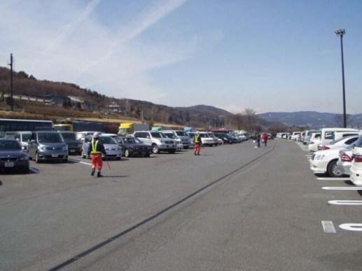 休憩施設等での駐車場整理員の配置