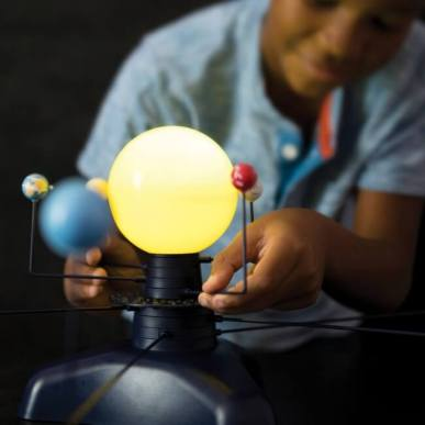 GeoSafari® Motorized Solar System 動く!太陽系模型&プラネタリウム