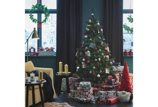 今年もイケアに本物のモミの木がやってくる ミート&ジビエフェア、クリスマスディナービュッフェも開催