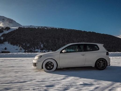 雪道でも安心ドライブ
