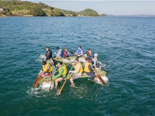 イカダで海上探検