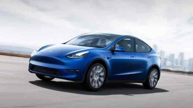 Tesla Model Y — официально в продаже