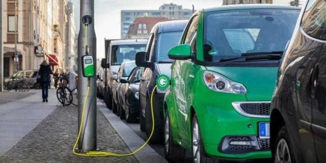 В Подмосковье установят 40 зарядных станций для электромобилей