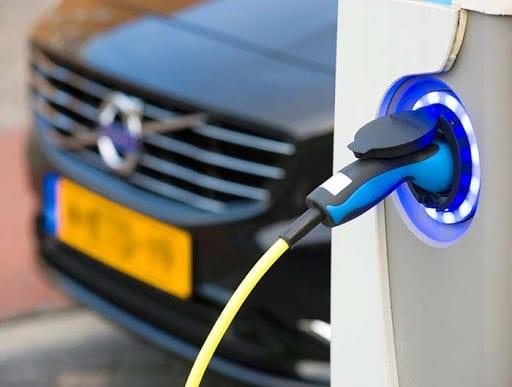 Разработчики из Японии ускорят зарядку электромобилей