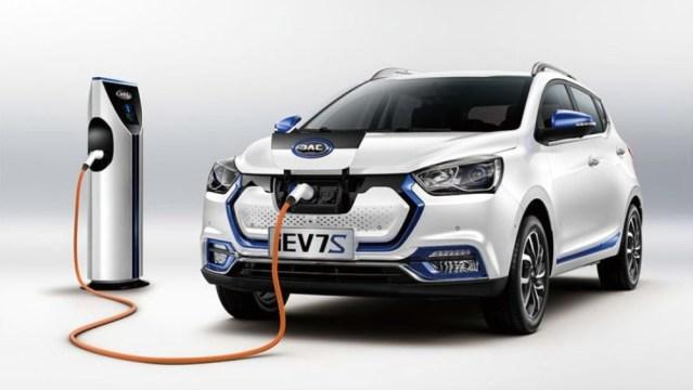 Электромобиль Jac iEV7S — 280 км на одном заряде